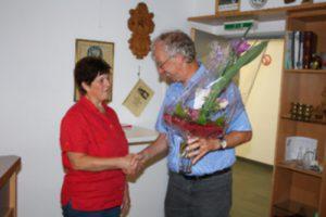 Hubert bedankt sich bei Inge für 20 Jahre